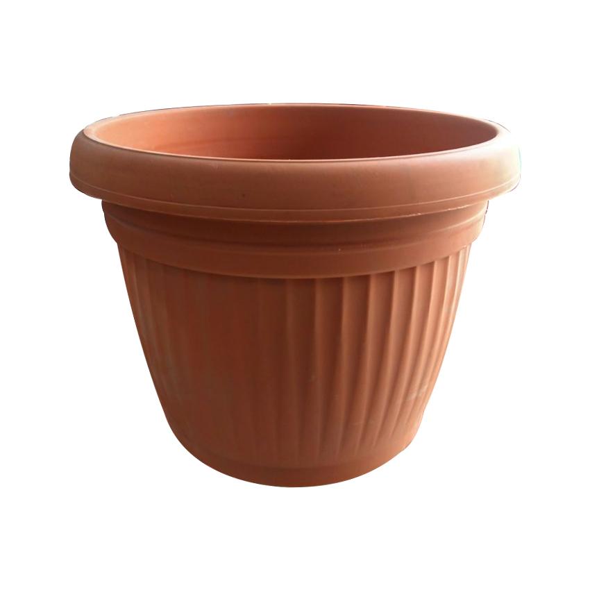 Plastic Pot 12-16 Inches